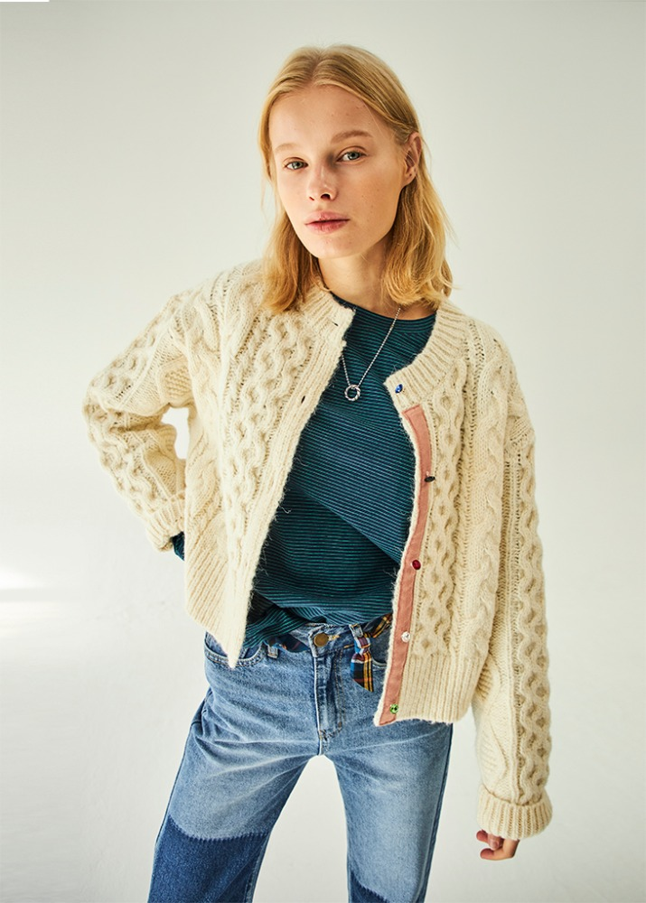 JEWELRY BUTTON CARDIGAN_IVORY